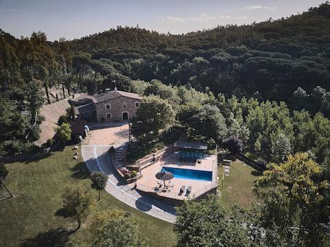 Villa privada in Costa Brava with pool.