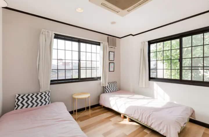 B* Cozy Bright Room near Fushimi Inari