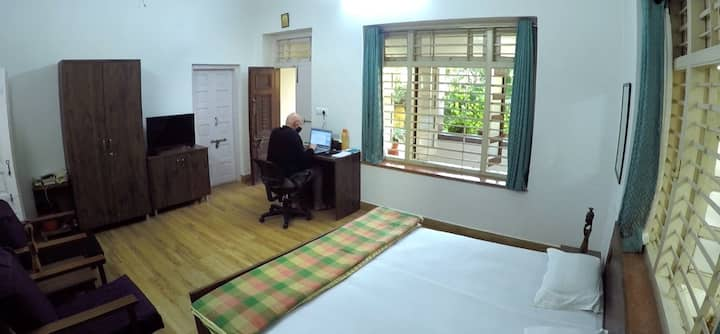 Heritage Villa/Privacy&Private Entry /lCityCentre/