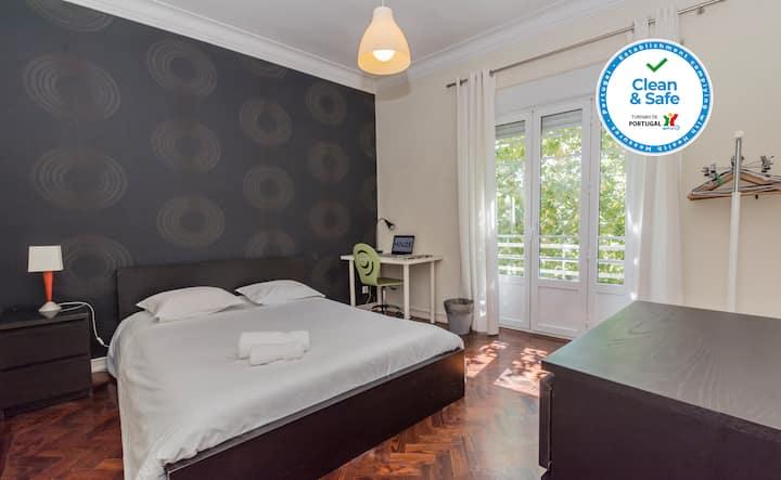 HOUZE_City Center, 5 rooms flat w/ sunny terrace