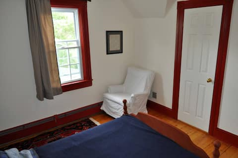 NobleHome Guest Room