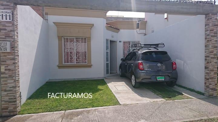 """Casa """"Comacorán"""" cómoda, limpia y segura con WiFi"""