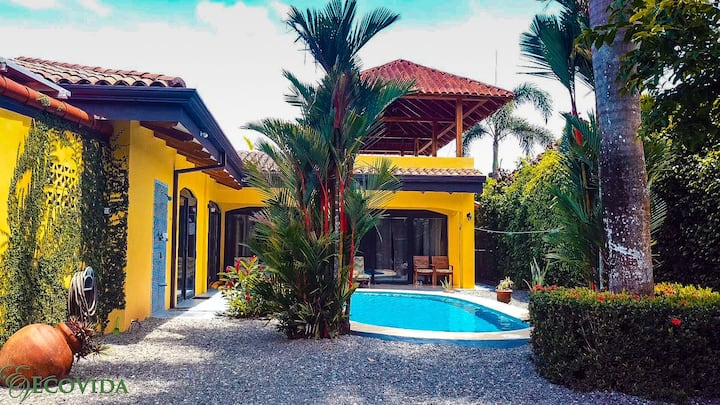 Casa Famosa with Private Pool! Walk to the Beach!