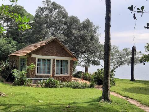 Banda Island - Cottage