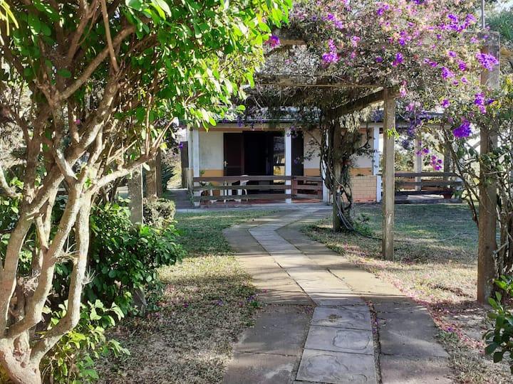 Casa Albero, seu lar em Haras Velate.