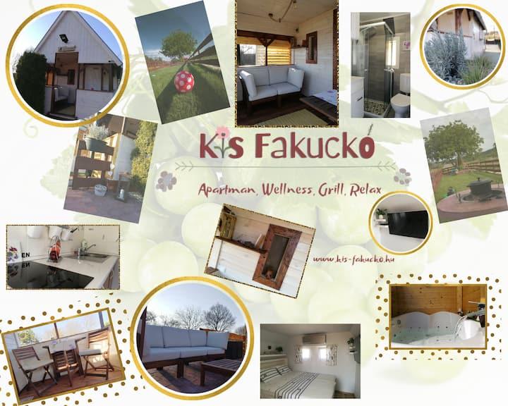 Kis Fakuckó, Balatonhoz közel
