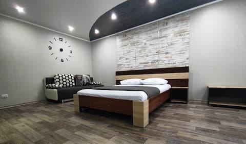 位于Krivoy Rog市中心的时尚公寓。