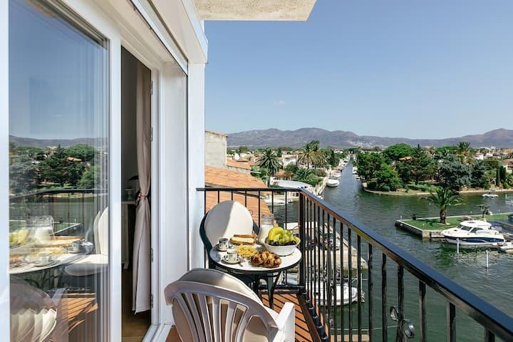 Lovely Mediterranean Penthouse in Costa Brava