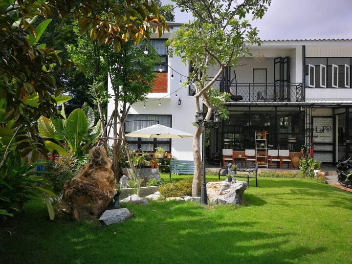 Sherloft J Private Room in Chiangmai Old City