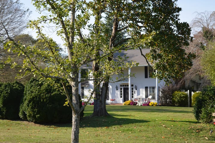 Historic home with breathtaking vistas