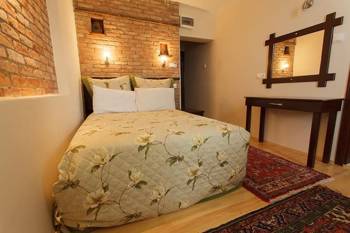 Cosy Single Room on the Lake - FULYA PENSION