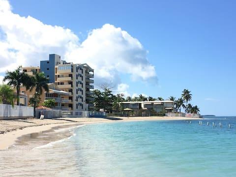 Beach chic apartment with direct beach access