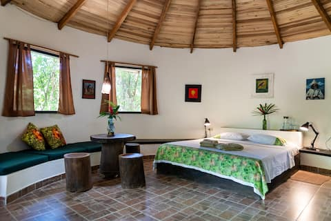 Bungalow in the tropical forest, near Santa Marta