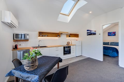 Entire apartment in Shotover Country