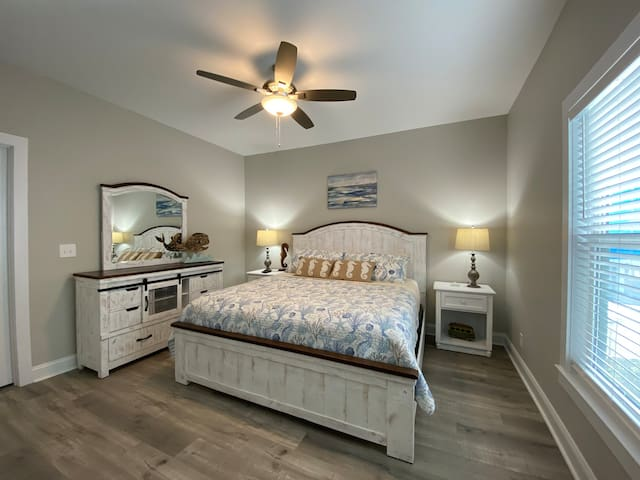 """`1st floor Master Bedroom (King Bed) Full closet, 42"""" TV, access to full bath, on suite."""