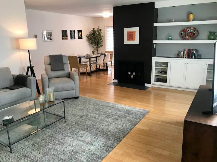Long-Term Designer Condo-Brentwood