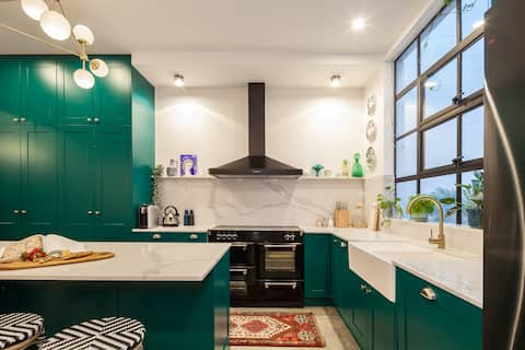 Best location: space, luxury & charm in Sydney