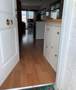 No doorsteps into any rooms