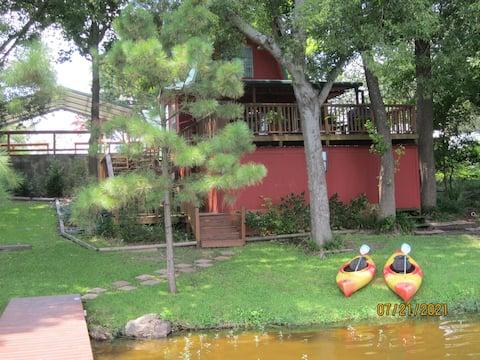 Vildanden Cottage on Lake Winnsboro
