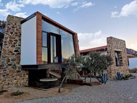 La Casa en La Piedra, where design meets nature