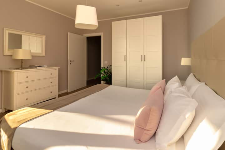 Rota Apartments - trilocale con vista Quadrifoglio