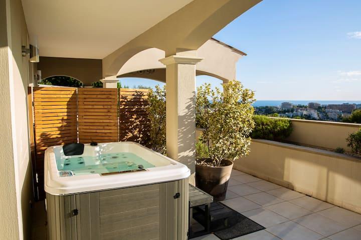 Chambre vue mer avec terrasse & Jacuzzi Privatif
