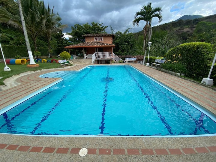 """Exceptional holiday house """"Mi descanso"""" in Barbosa"""