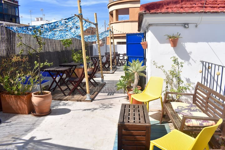 Bright Central Hostel w. Sun Terrace (Double Room)