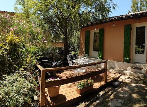Marseille à la campagne ! maison avec jardin