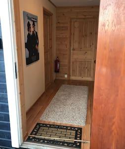 Ca 90cm entrance