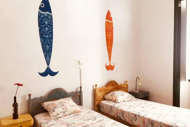Amazing Twin-Room & Garden - Faro City Centre