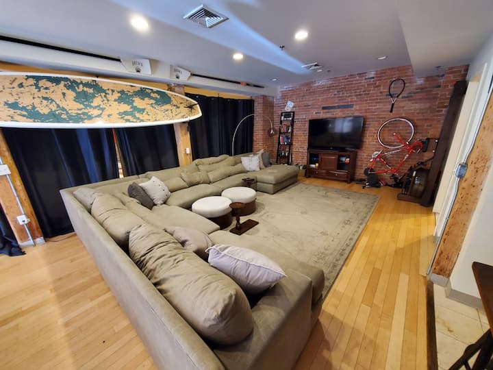 TOP RATED AIR BNB DOWNTOWN PROVIDENCE