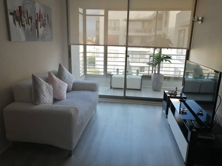 New furnished apartment, sector av islon