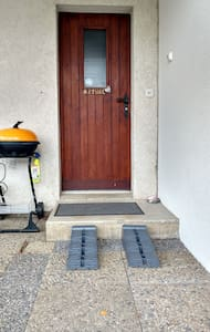 Rampe zur Haustüre