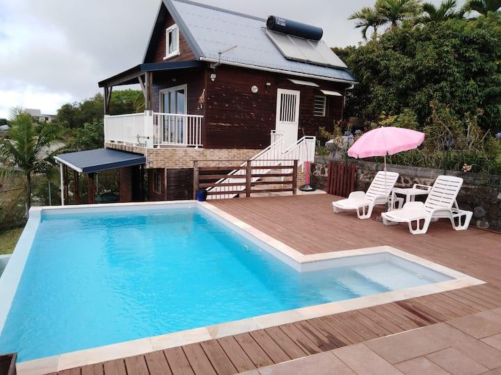 Bungalow 2 ou 4 pers, l'Horizon Bleu avec piscine.
