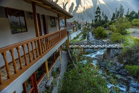 Peru Quechua's Lodge Ollantaytambo