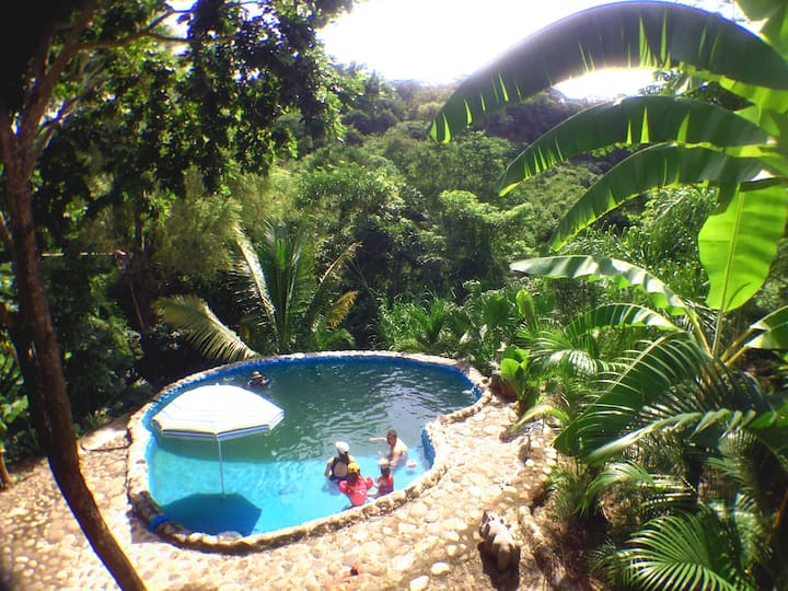 Eco-campamento AQUA CEIBA