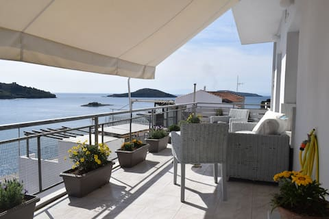 Depi's View House Skiathos