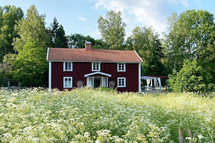 Lantlig idyll vid sjön Åsnen