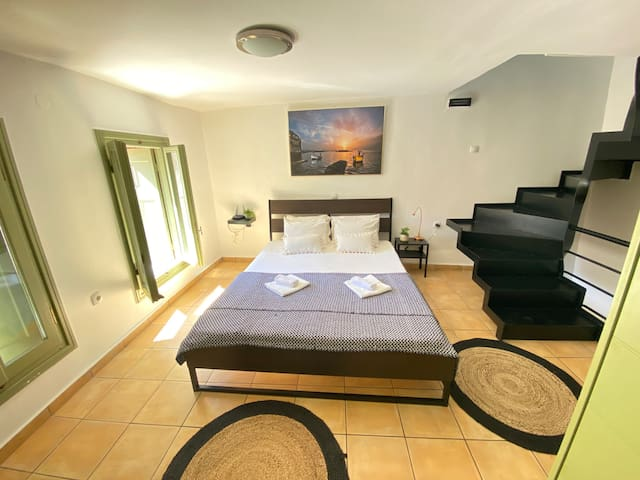 1st Floor - The Black Room - Yours to enjoy, can easily accommodate 2 persons in a queen bed. With tons of storage space.