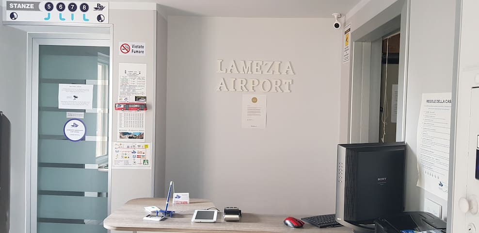 B&B LAMEZIA AIRPORT QUADRUPLA  ST°3/8 no breakfast