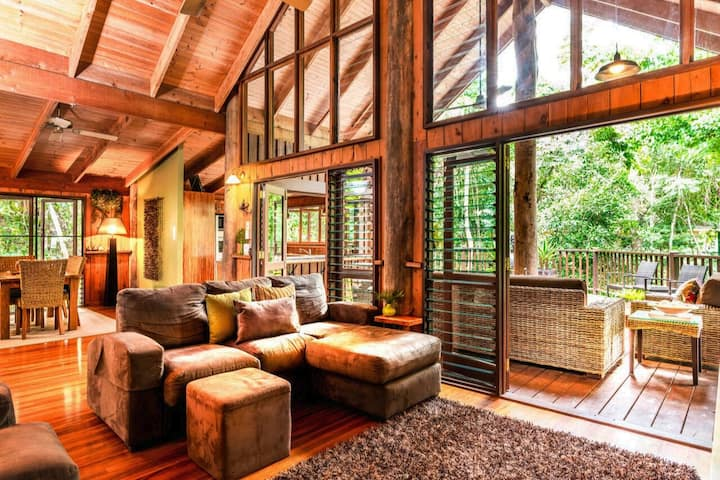 ❤️Kardinia House ❤️ Ultimate Rainforest Retreat!