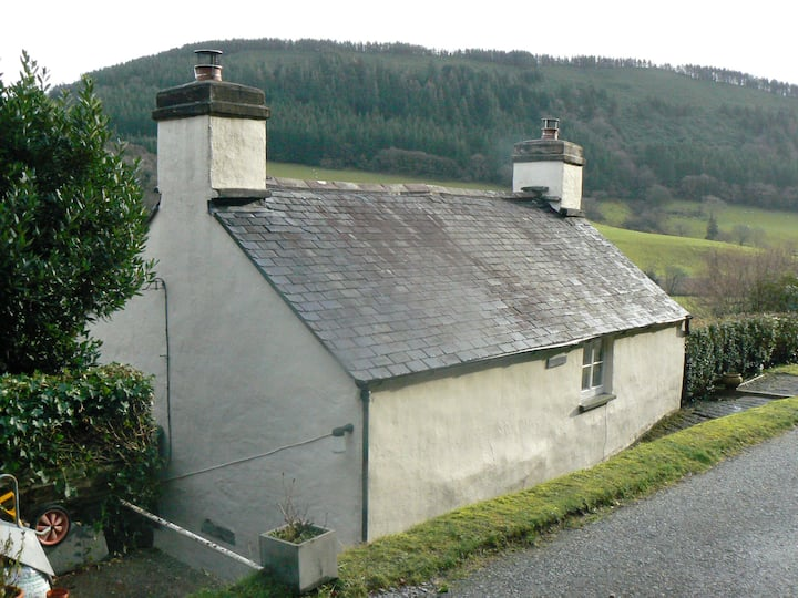 Llwyncelyn - Dinas Mawddwy - Machynlleth.