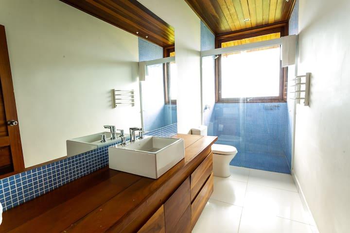 banheiro da suite!