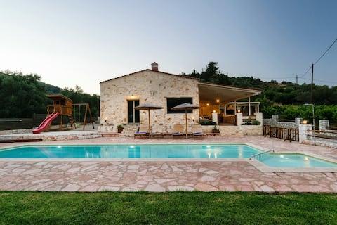 Villa Merina Heated Pool