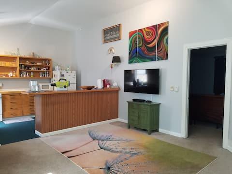 Spacious Single Room Apartment Riverside, PA