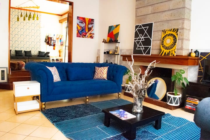 Stay in The Quiet Suburbs, Westlands-Private Room