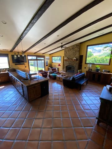 Mission Style Home near Downtown SLO & Cal Poly