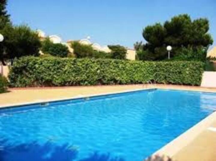 Maison pavillon aux Lavandines  plage piscine park