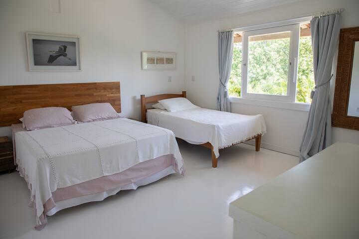 Suite 4 com varanda-Piso superior